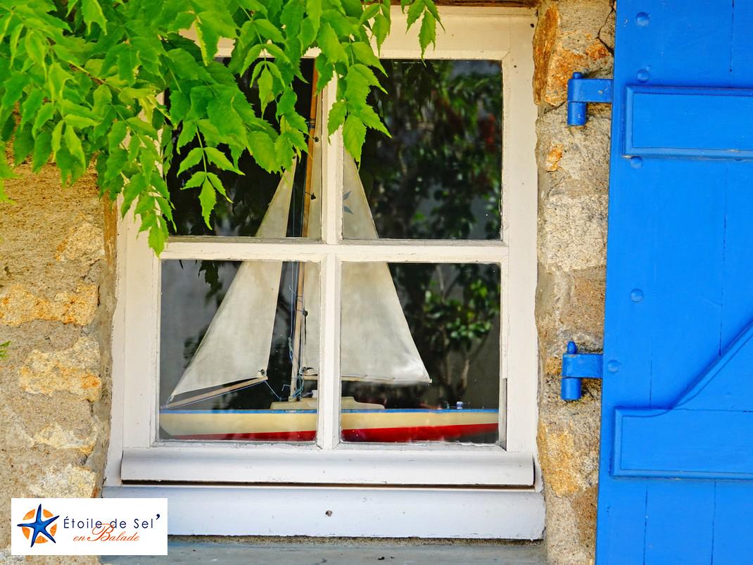 fenêtre à l'île aux moines